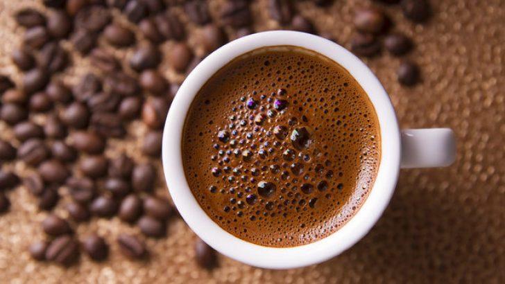 Türk kahvesi pişirmenin doğru tekniği nasıldır?